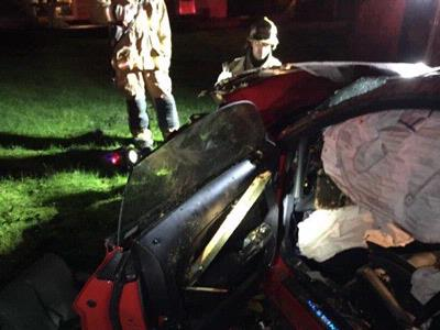 Fire District 7 responds to vehicle through fence
